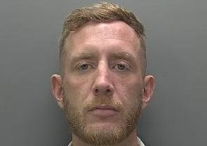 Man wanted in connection with assault and theft has links to Hemel Hempstead