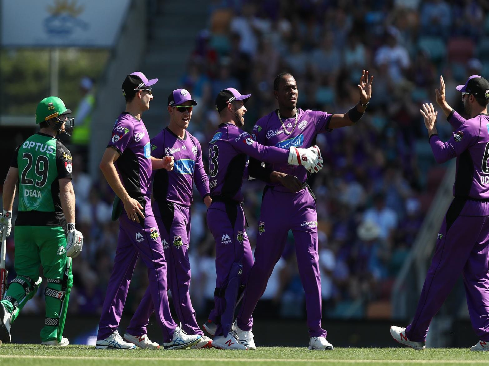 Jofra Archer celebrates taking the wicket of Travis Dean during Hobart Hurricanes v Melbourne Stars Big Bash League Match (Photo by Mark Metcalfe/Getty Images)