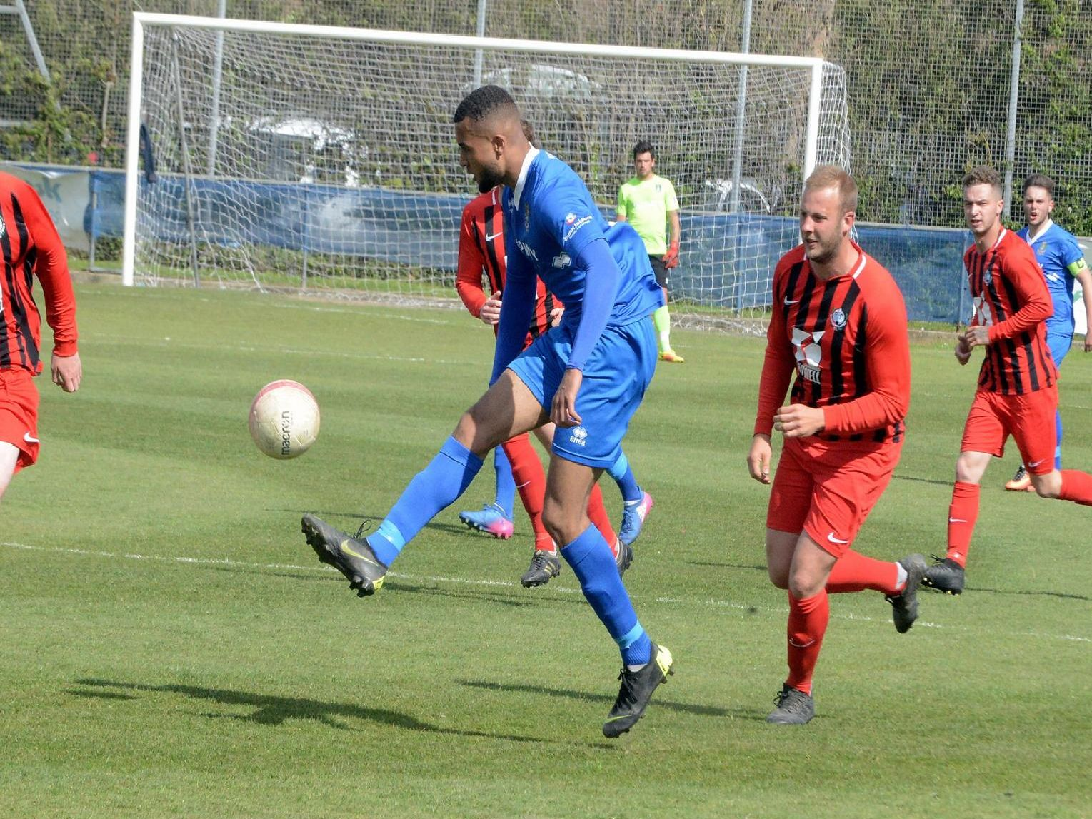 Action from Selsey v Worthing Utd at the High Street Ground / Picture by Kate Shemilt