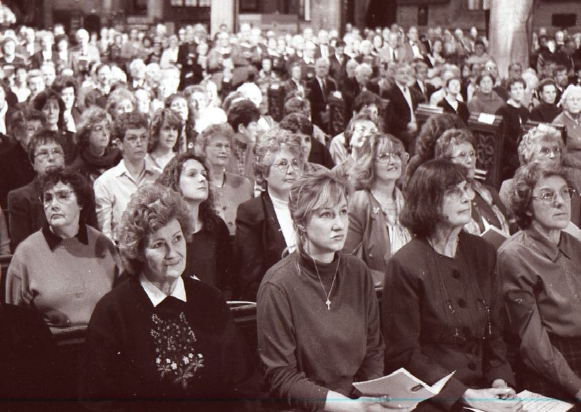 The filming of Songs of Praise in Boston in March 1999.