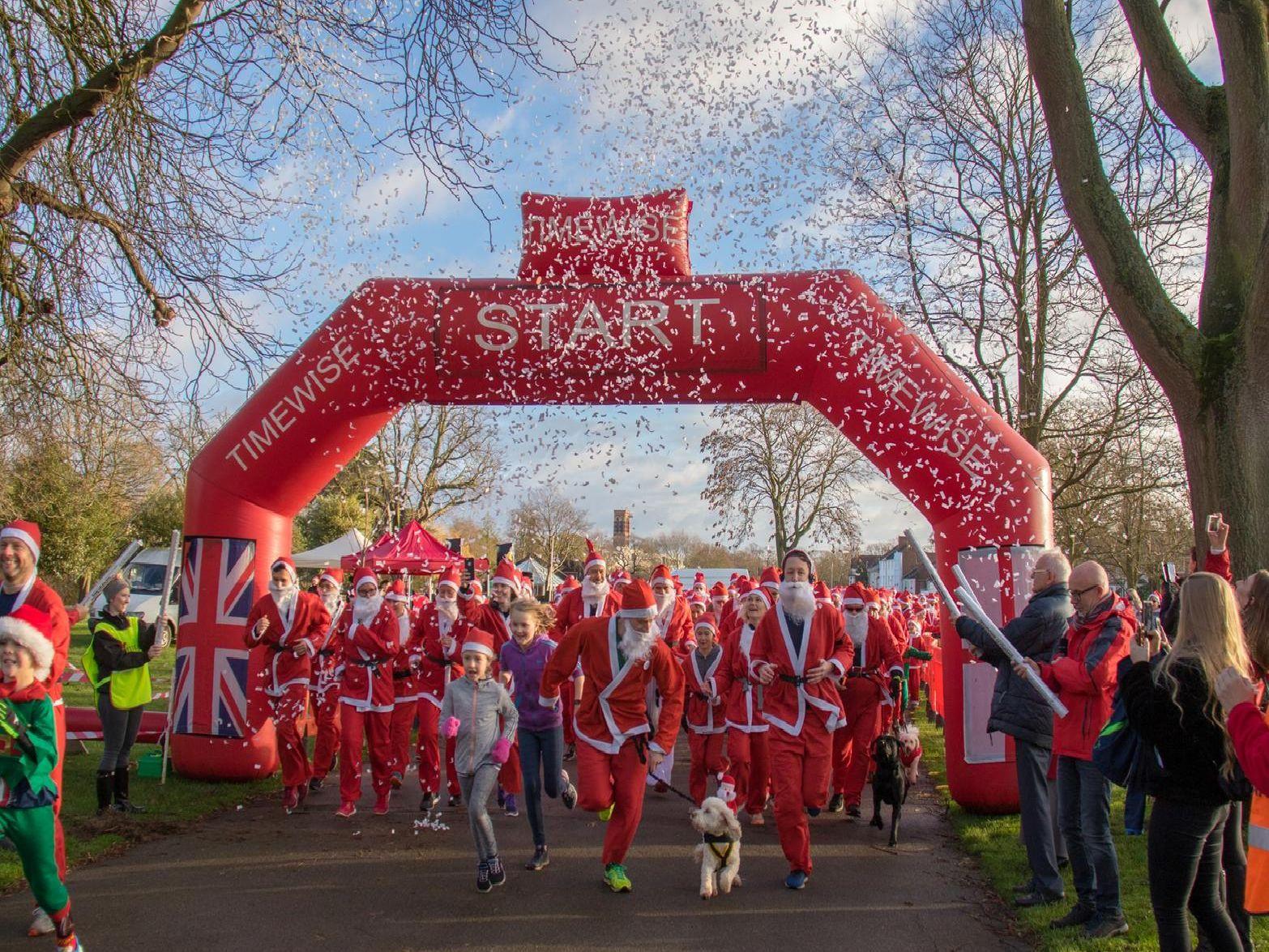 The start of the Myton Hospices's Santa Dash in Leamington. Photo by Viv Porteous