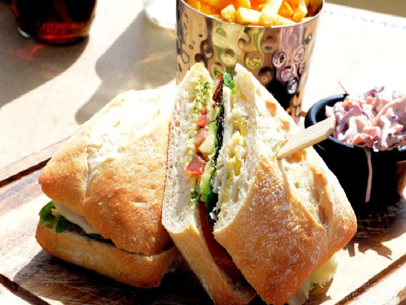 Here's some of the best places for lunch in Warwick, Leamington and Kenilworth.