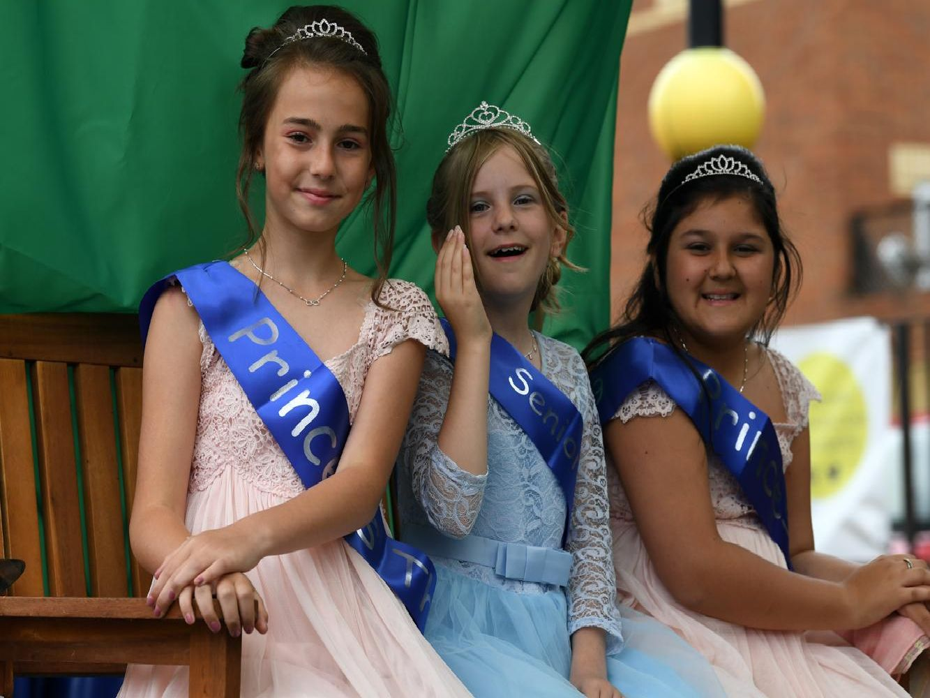 Senior princess Maisie Reyland and the two princesses Maya Esposito  and Thea Shillingford at Leighton Buzzard Carnival 2019.