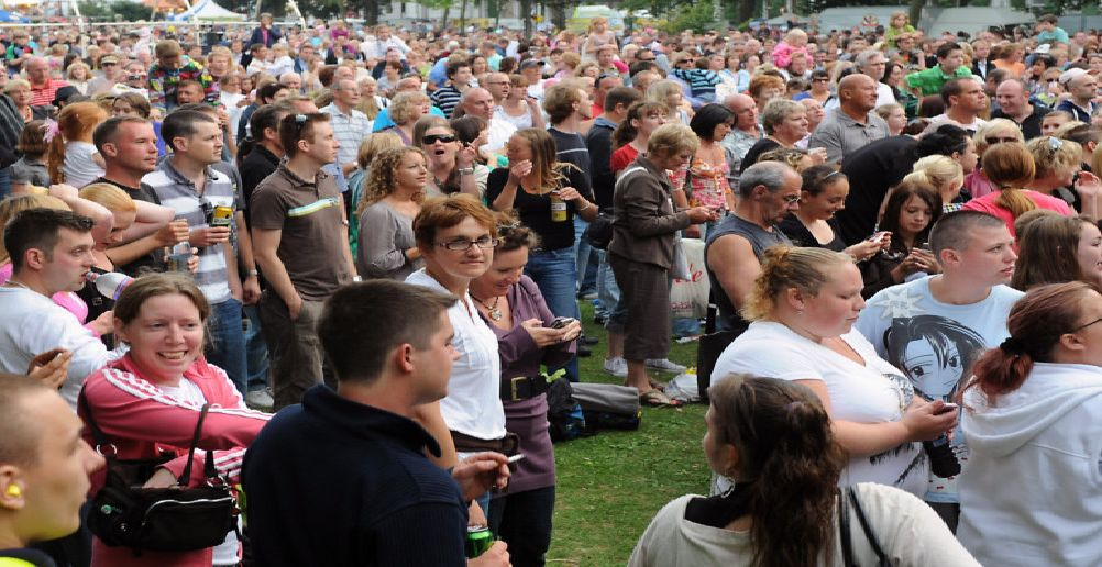 The Splash FM Garden Party in Steyne Gardens in 2009