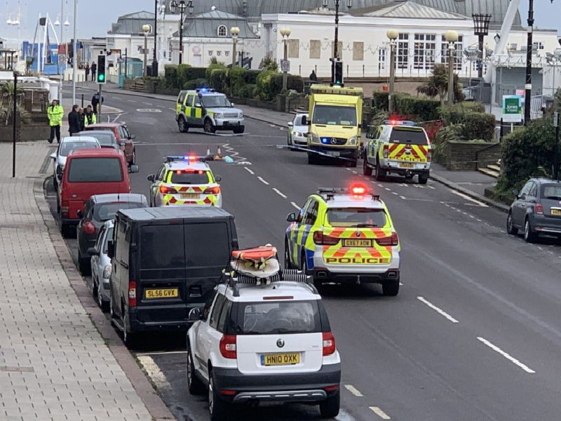 Emergency services in Marine Parade, Worthing SUS-191110-162452001