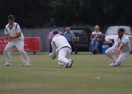 Lincolnshire CCC captain Carl Wilson takes another catch, watched by Nic Keast and Dan Freeman. Picture: John Van-der-Vord EMN-191208-122509002