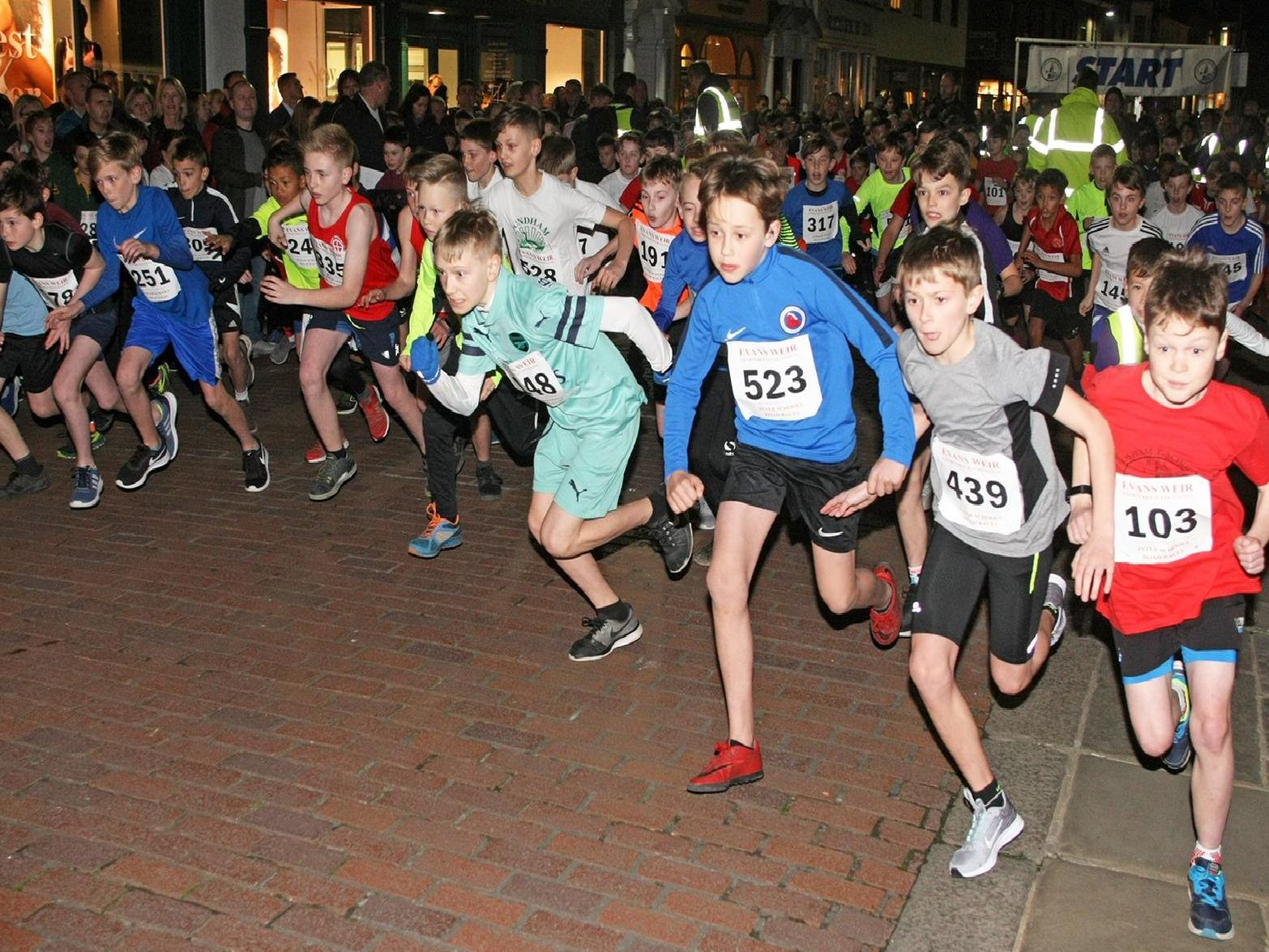 The start of the Year 6 boys' race / Picture by Derek Martin