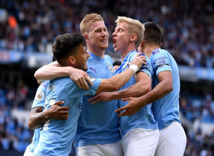 Kevin De Bruyne celebrates his goal after two minutes (getty)