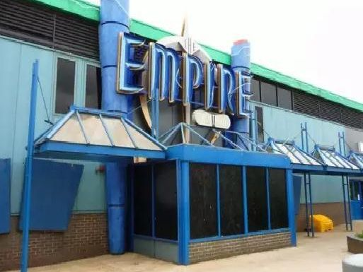 Amazing pictures from iconic old MK nightclub The Empire before it was demolished