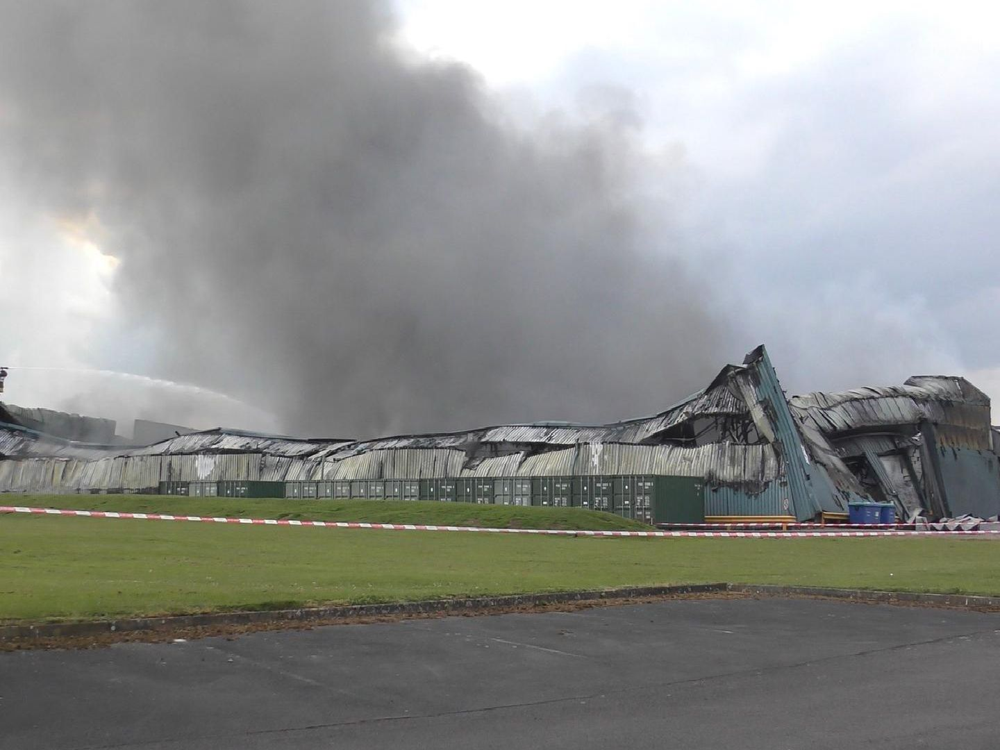 Sywell fire. Pictures by Jensen Houghton.
