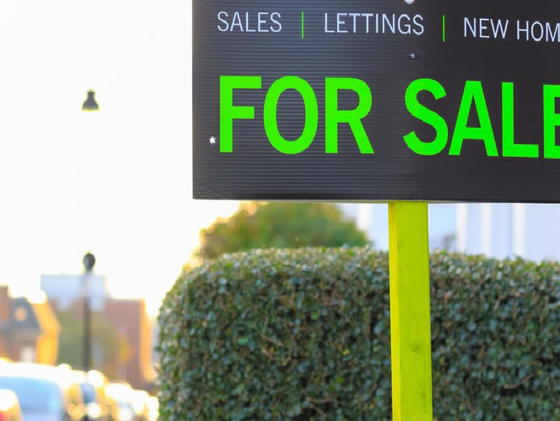These are the houses available for less than 100,000 in Northampton.