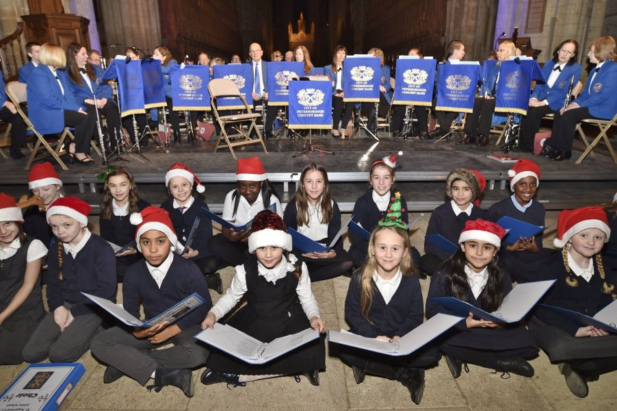 Lights of Love 2018 service in aid of Sue Ryder, Thorpe Hall. Pupils from St Augustine's C of E Junior School singing Christmas Songs EMN-181216-182708009