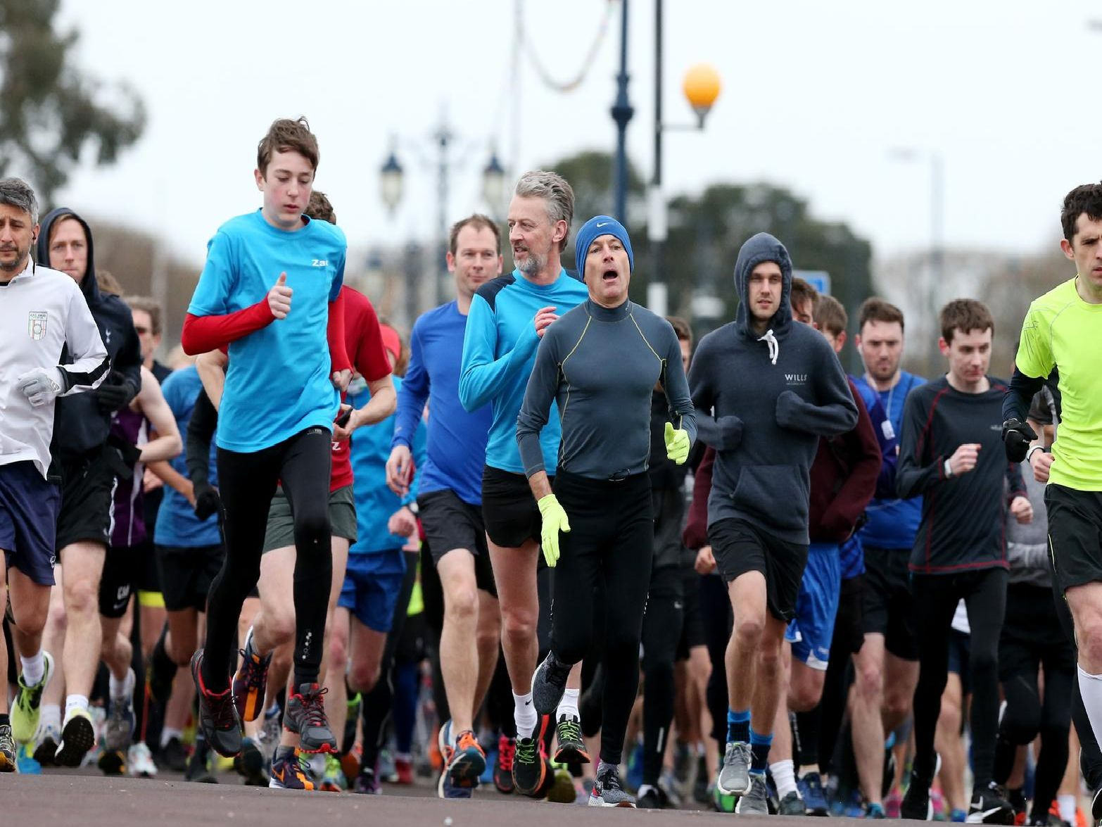 The start. Southsea parkrun, Clarence Esplanade. Picture: Chris Moorhouse (160319-13)