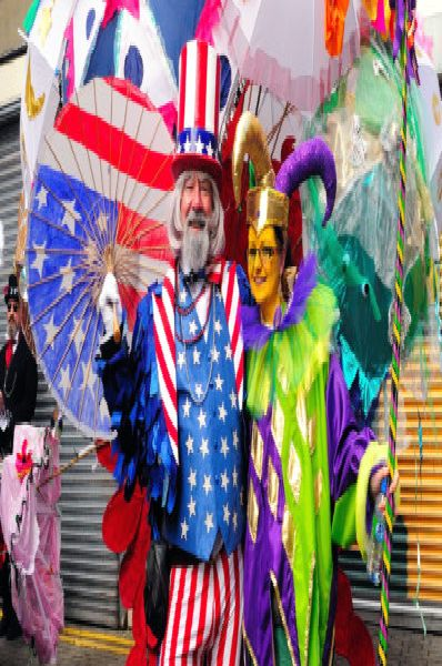 George Street, Hastings. Start of Fat Tuesday procession going to Robertson Street.'19.02.12.'Picture by: TONY COOMBES PHOTOGRAPHY ENGSUS00120120220092128