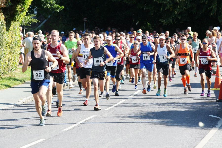 The Newick Will Page 10k  Road Race 2019. Photograph: Derek Martin Photography/ DM1985981a