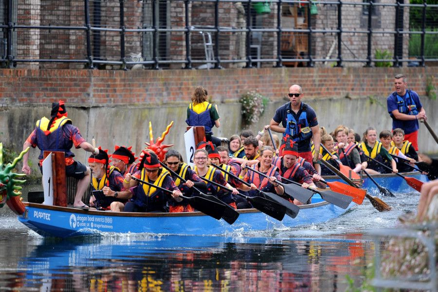 Chichester Dragon Boat Race. Pic Steve Robards SR1915138 SUS-191006-125135001