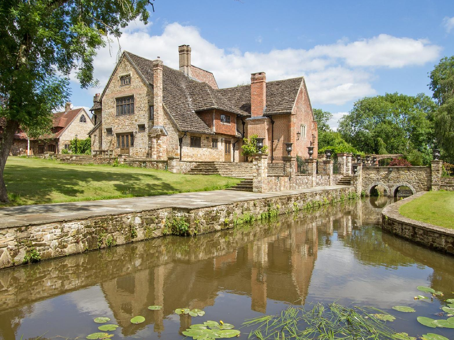 Chesworth House is still up for sale