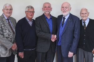 Club Past President Mike Turner thanks Geoff Warke for his excellent talk, with Club Member Jim Nesbitt and Past Presidents, Jim Archer and Norman Maxwell