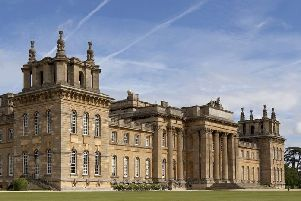 Blenheim Palace EMN-150411-225501001