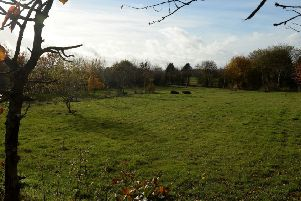 Houses could be built on the site of the old Drayton Leisure Golf Club, Banbury. NNL-181113-151330009