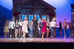 Cast from the last tour of Dirty Dancing EMN-180722-223606001