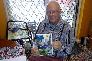 Banbury author Peter Spackman with his new anti-bullying novel NNL-190122-101638001