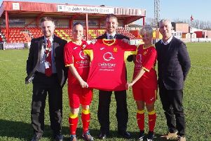 Castle Quay Shopping Centre is sponsoring Banbury United Women's FC for a second year running NNL-190215-122810001