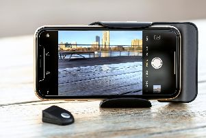 Adonit PhotoGrip Qi and Wireless Charger