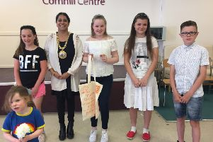 Cllr Shaida Hussain with winners of last year's Friendship Festival competition NNL-190326-160419001