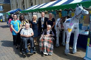 Glebefields Care Home with Banbury Mayor John Colegrave and the life sized horse the residents created NNL-190524-120630001