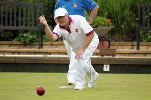 Nigel Galletly won for Banbury Central but failed to gain the extra three shots needed to snatch last-gasp victory