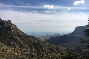 The spectacular view on the Lost Mine Trail