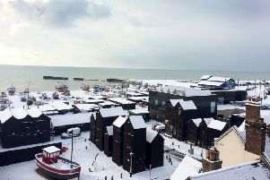 Snow pics in Hastings Old Town 27/2/18 by Andy Hemsley SUS-180227-104145001
