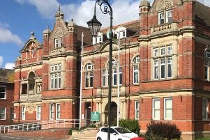 Rother Town Hall SUS-190318-083727001