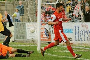 Alex Parsons in action for Worthing during his previous spell at the club. Picture by Stephen Goodger