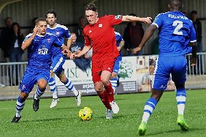 Former Worthing midfielder completes Chichester City switch