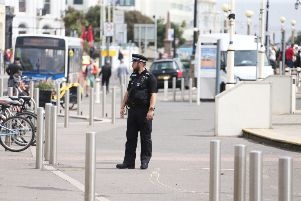 Emergency services blocked off Worthing seafront after a hazardous material caused vomiting and sore eyes SUS-191108-133551001