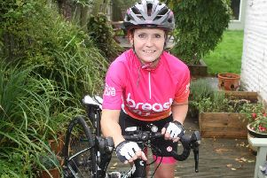 DM19102871a.jpg. Debbie Robinson from Yapton takes part in India Cycle challenge for Breast Cancer Care. Photo by Derek Martin Photography. SUS-191016-140118001