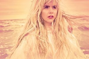 Paloma Faith EMN-180129-084448001