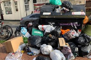 Overflowing bin in Kemp Town