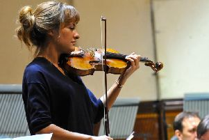 WSO - Nicola Benedetti in rehearsal by Stephen Goodger