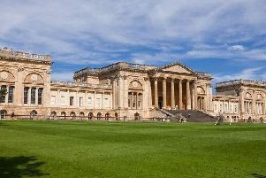 Stowe School Limited has the biggest pay gap of 32.7%