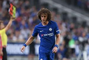 Chelsea are only prepared to offer 31-year-old Brazil defender David Luiz a 12-month contract extension beyond the summer