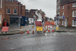 Road works in North Street, Chichester 4 SUS-190926-093427001