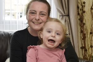 Three year-old Jade McCauley with her mum Kerry. DER1518GS032