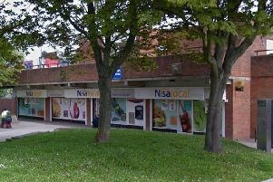 Man threatens Nisa staff with knife in Houghton Regis shop robbery