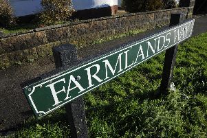 Farmlands Way Wannock Road Sign SUS-150114-125233001
