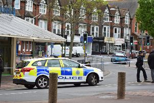 Police in Grove Road SUS-190205-161126001