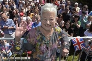 Dame Jacqueline Wilson opens the Willingdon Library (Photo by Jon Rigby) SUS-190624-085418008