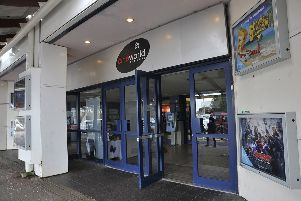 Cineworld Eastbourne SUS-150204-145828001